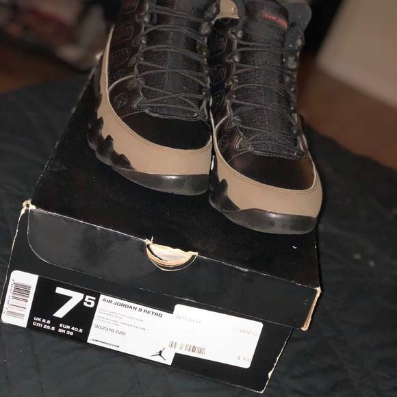 sale retailer 04c2b 5740b Black and olive 9s